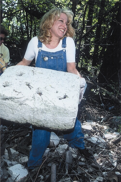 bette midler lifting styrofoam